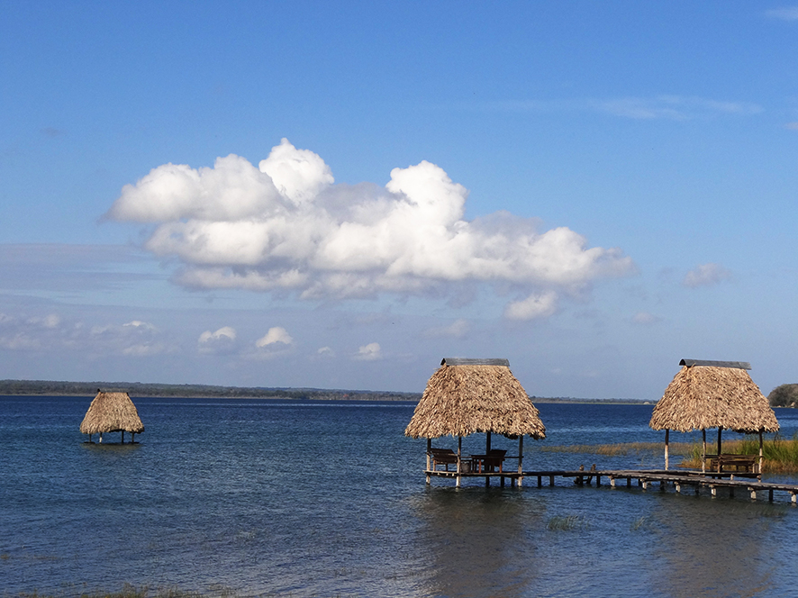 0639-le-lac-peten-itza-copie