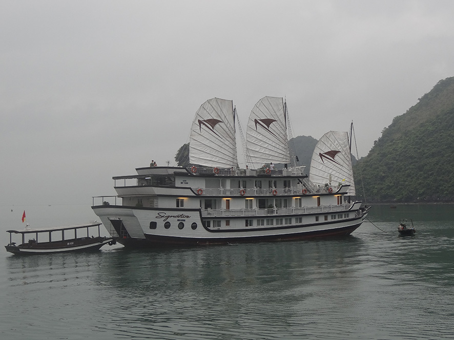 v0538-baie-dhalong-copie